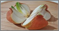 Cut A Whole Onion Into 4 Pieces And Place It In Your Home. The Reason? Brilliant!